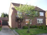 3 bed semi detached house in Crawley, West Sussex