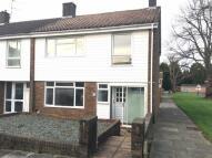 4 bed home to rent in Cranborne Walk, Crawley