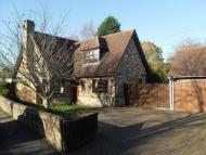 4 bedroom Detached house in West Sussex