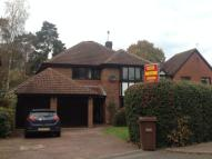 4 bed Detached home to rent in Oakside Lane, Horley