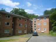 2 bedroom Apartment in Hillside Road, Whyteleafe