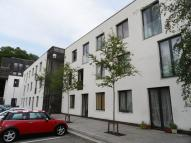 Apartment to rent in Godstone Road, Whyteleafe