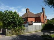Oxted semi detached property to rent