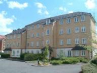 Apartment to rent in Hambledon Park, Caterham
