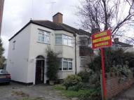 semi detached property to rent in Coulsdon, Surrey