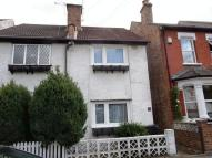 2 bedroom semi detached house to rent in Purley Vale, Purley
