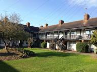 Apartment to rent in Manor Green Road, Epsom