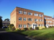 Apartment to rent in Highridge Close, Epsom