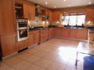 5 bed Detached house in Chelwood Close, Chipstead