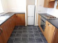 3 bed Flat to rent in Coulsdon