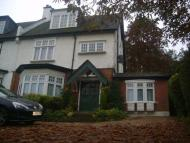 2 bed Flat in Purley, Surrey