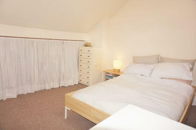 Loft Room1