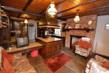 6 bed Detached property for sale in South Hill...