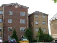 2 bed Flat to rent in Harrisons Wharf...