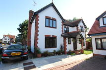 4 bed Detached property in BROMLEY, Grays, RM17