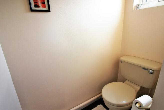 Master Bed WC