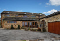6 bedroom Detached house for sale in The Barn, Low Farm...