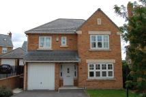 Detached home in Henry Moore Court...