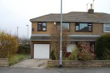 4 bedroom semi detached property in Pippins Green Avenue...