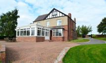 5 bedroom Detached house for sale in Five Miles...