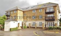 Studio flat in Deveraux House, Barnet