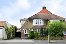 Cowper Road semi detached house to rent