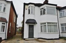 4 bed semi detached house to rent in Passmore Gardens...