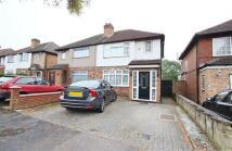 3 bedroom semi detached house to rent in Hampden Road