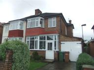 3 bedroom semi detached property to rent in Stanmore