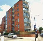 2 bedroom Apartment in Sunset House, Harrow
