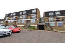 Flat to rent in 651 Kenton Lane