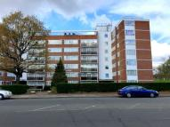 Apartment to rent in Chessington Lodge...