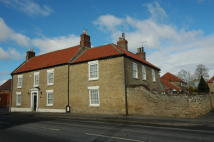 6 bed Detached home for sale in Westgate, North Cave...
