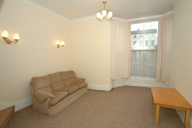 Lounge to Apart 1