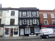 Flat to rent in High Street, Tewkesbury...