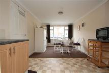 Derwent Drive Flat to rent