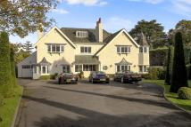 7 bedroom Detached house in Sandy Lane Road...