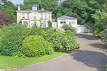 Detached home in Cleeve Hill, GL52