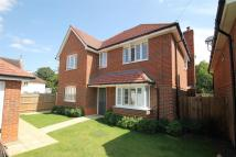 4 bed Detached house in Send