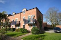 4 bedroom semi detached property to rent in Brook House Mews...