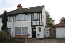4 bedroom semi detached house in Woodford Green, IG8