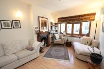 4 bed Detached property to rent in South Woodford, E18