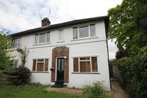 2 bedroom Maisonette to rent in Woodford Green, IG8