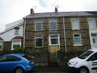 Terraced home to rent in Gwilym Road, Cwmllynfell...