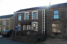2 bed Town House in Birchgrove Road...