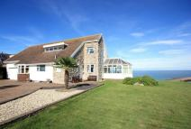 4 bed Detached house in Penrhyn Beach East...