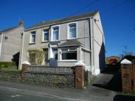 4 bedroom semi detached house in Pencaecrwn Road...