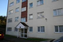 2 bedroom Flat to rent in Byron Way, Northolt...
