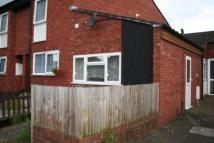 Studio apartment to rent in Dawson Close, Hayes...