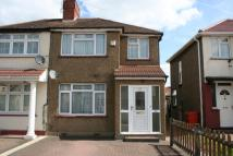 3 bedroom semi detached home to rent in Crowland Avenue, Hayes...